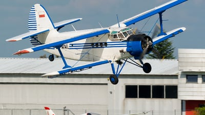 SP-WWL - PZL-Mielec An-2R - Private