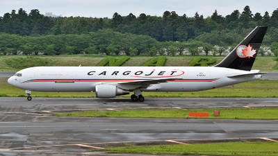 A picture of CGXAJ - Boeing 76723(ER)(BDSF) - Cargojet Airways - © 42 dono