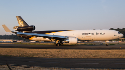 A picture of N270UP - McDonnell Douglas MD11F - UPS - © SpotterPowwwiii