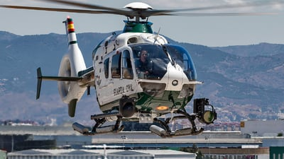 A picture of HU.2619 - Airbus Helicopters H135 - [1031] - © Richard Sanchez
