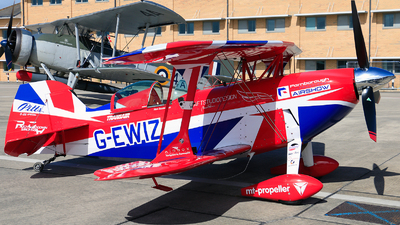 G-EWIZ - Pitts S-2S Special - Private