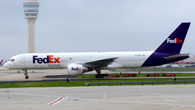 A picture of N793FD - Boeing 757222(SF) - FedEx - © Agustin Anaya