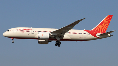 A picture of VTANN - Boeing 7878 Dreamliner - Air India - © Dave Potter