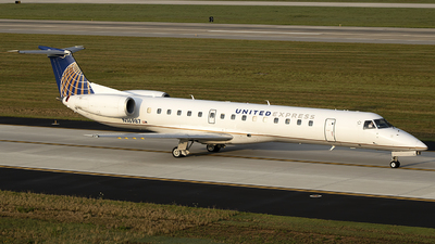 A picture of N16987 - Embraer ERJ145LR - United Airlines - © Andrew Hutnyan