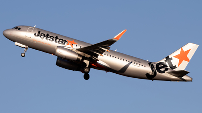 A picture of VHXSJ - Airbus A320232 - Jetstar Airways - © Daniel Benefield