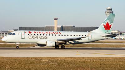 A picture of CFXJC - Embraer E175SU - Air Canada - © Alexander Owen