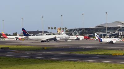 GCXO - Airport - Airport Overview