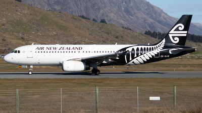 ZK-OJE - Airbus A320-232 - Air New Zealand
