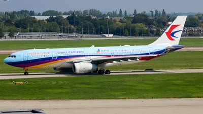 A picture of B5943 - Airbus A330243 - China Eastern Airlines - © subing27