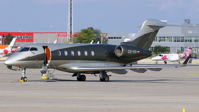 OE-HII - Bombardier BD-100-1A10 Challenger 300 - LaudaMotion Executive