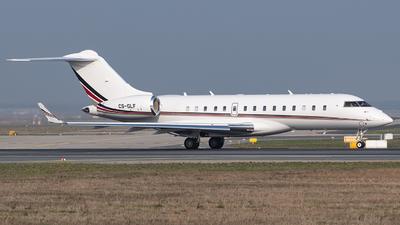 CS-GLF - Bombardier BD-700-1A10 Global 6000 - Private