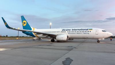 UR-PSV - Boeing 737-8AS - Ukraine International Airlines