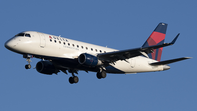 A picture of N818MD - Embraer E170SU - Delta Air Lines - © Andrew Mauro