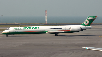 B-17913 - McDonnell Douglas MD-90-30 - Eva Air