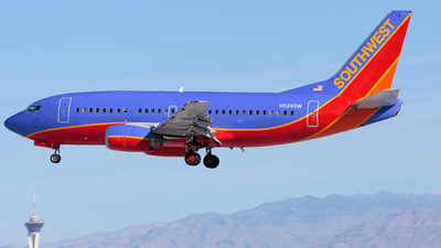 N528SW - Boeing 737-5H4 - Southwest Airlines