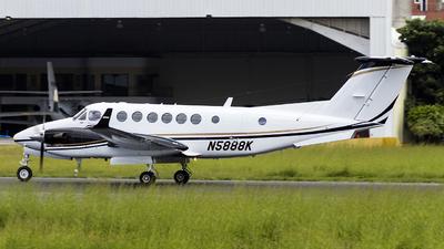 N5888K - Beechcraft B300C King Air 350C - Private