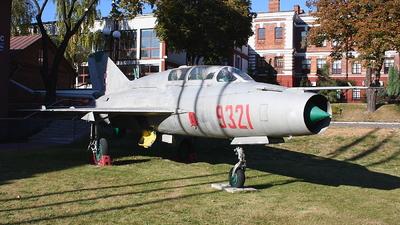 9321 - Mikoyan-Gurevich MiG-21UM Mongol B - Poland - Air Force