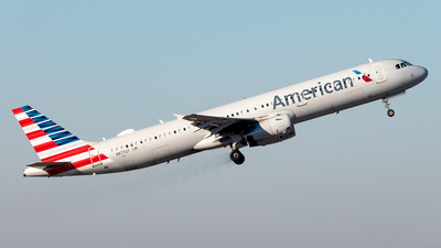 N977UY - Airbus A321-231 - American Airlines
