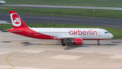 A picture of DABFH - Airbus A320214 - [4294] - © Richard Toft