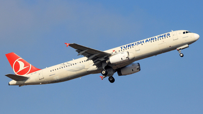 TC-JSC - Airbus A321-231 - Turkish Airlines