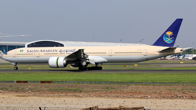HZ-AK12 - Boeing 777-368ER - Saudi Arabian Airlines