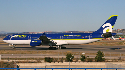 EC-KHU - Airbus A340-312 - Air Comet