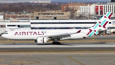 EI-GGR - Airbus A330-202 - Air Italy