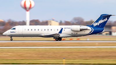 N879AS - Bombardier CRJ-200LR - SkyWest Airlines