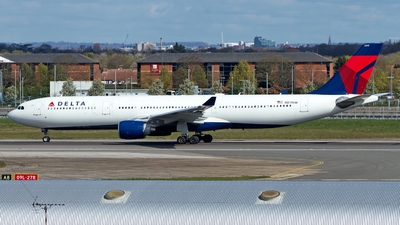 A picture of N817NW - Airbus A330323 - Delta Air Lines - © M. Azizul Islam