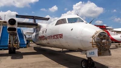 S2-AES - Bombardier Dash 8-103 - United Airways