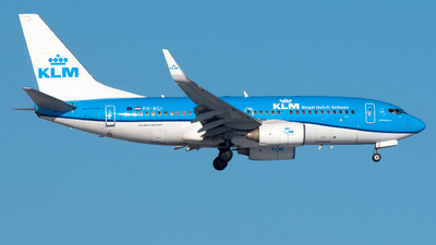 A picture of PHBGI - Boeing 7377K2 - KLM - © Ricardo de Vries