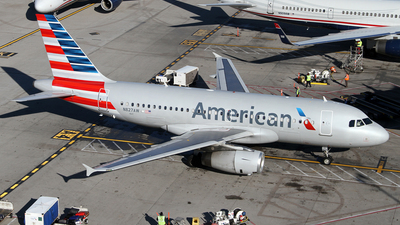 N827AW - Airbus A319-132 - American Airlines