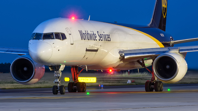 N427UP - Boeing 757-24A(PF) - United Parcel Service (UPS)