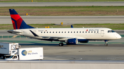 A picture of N263SY - Embraer E175LR - Delta Air Lines - © global_flyer1