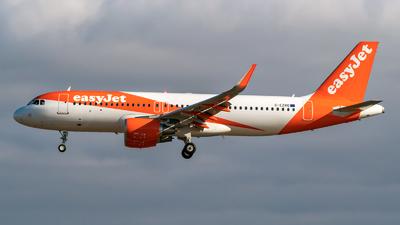 G-EZRO - Airbus A320-214 - easyJet