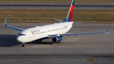 A picture of N882DN - Boeing 737932(ER) - Delta Air Lines - © Scott Merriman