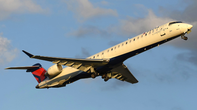 N831SK - Bombardier CRJ-900LR - Delta Connection (SkyWest Airlines)