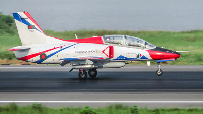 14328 - Hongdu K-8W Karokorum - Bangladesh - Air Force