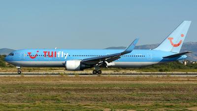 A picture of SERFS - Boeing 767304ER - [28040] - © jeremy denton