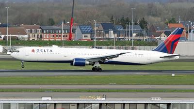 A picture of N830MH - Boeing 767432(ER) - Delta Air Lines - © Sebastian Thiel