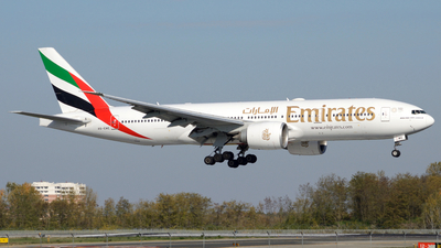 A picture of A6EWE - Boeing 77721H(LR) - Emirates - © Donato Bolelli