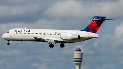 N919AT - Boeing 717-231 - Delta Air Lines