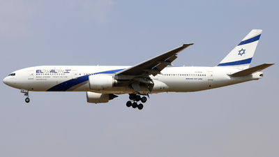 A picture of 4XECE - Boeing 777258(ER) - El Al - © Charles-Yixin Yin