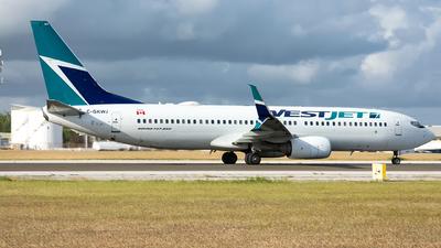 A picture of CGKWJ - Boeing 7378CT - WestJet - © Che Stuart