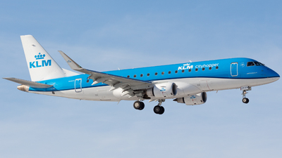 A picture of PHEXP - Embraer E175STD - KLM - © Andre_S