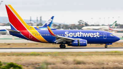 A picture of N712SW - Boeing 7377H4 - Southwest Airlines - © Thomas Ernst