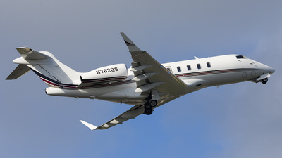 N762QS - Bombardier BD-100-1A10 Challenger 350 - NetJets Aviation