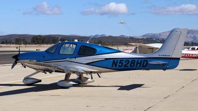 N528HD - Cirrus SR22-GTS G5 Carbon - Private