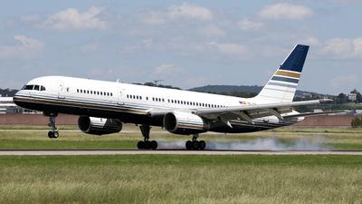 EC-ISY - Boeing 757-256 - Privilege Style