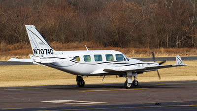 N707AG - Piper PA-31-325 Navajo C/R - Private